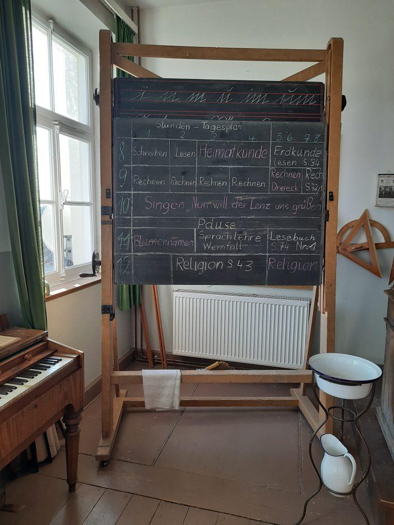 Bild von einer beispielhaften Stundentafel