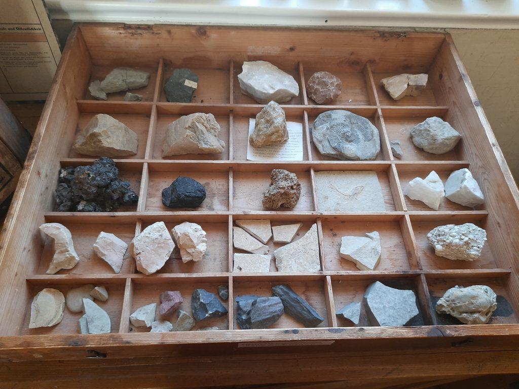 Bild einer Steinesammlung