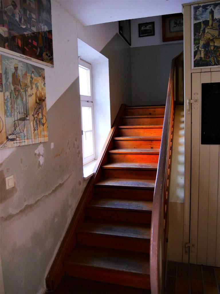 Bild von der Treppe im Flur